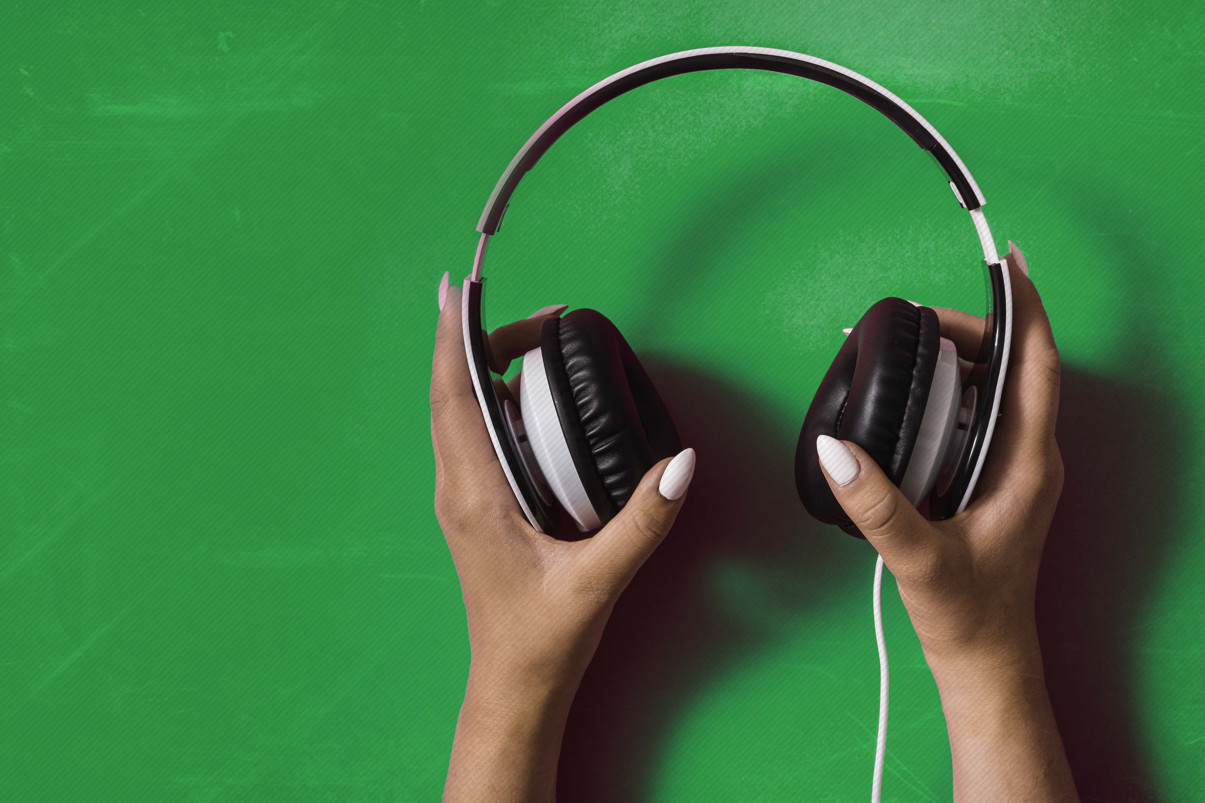 Music Promotion - PPN Song Marketeers - Headphones - Playlist Pitch Network - Organic Playlist Pitching - playlistpitchnetwork.com